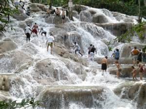 Dunn Riverfalls, Jamacia